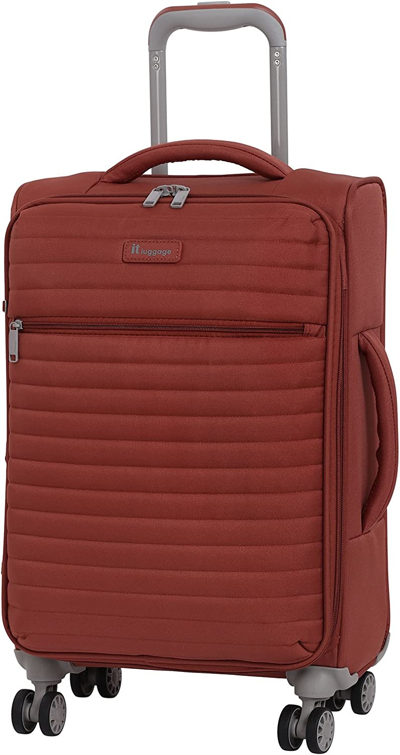 """it luggage 21.5"""" Quilte Lightweight Carry-on, Burnt Brick"""