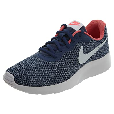 online store 2cf1d 4905d Amazon.com   Nike Tanjun SE Women Sneaker Navy Vast Grey Coral Racer Pink    Fashion Sneakers
