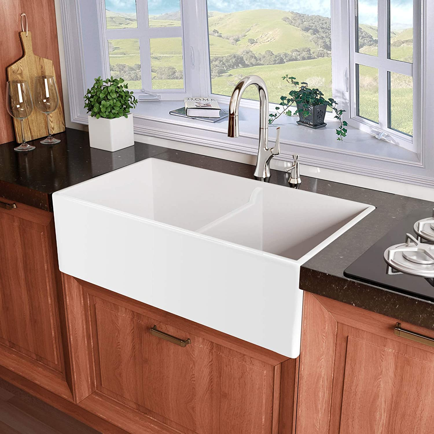 Miseno MNO3320BFC Inferno 33 Double Basin Farmhouse Fireclay Kitchen Sink with 60 40 Split