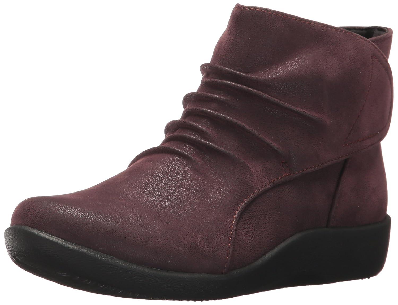 CLARKS Women's Sillian Sway Ankle Bootie B01MU0CBXP 8 B(M) US|Aubergine