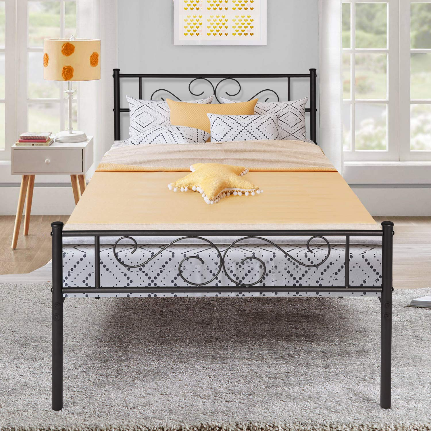 VECELO Metal Platform Bed Frame/Mattress Foundation with Vintage HeadBoard & Footboard, Easy Assembly Twin Black by VECELO
