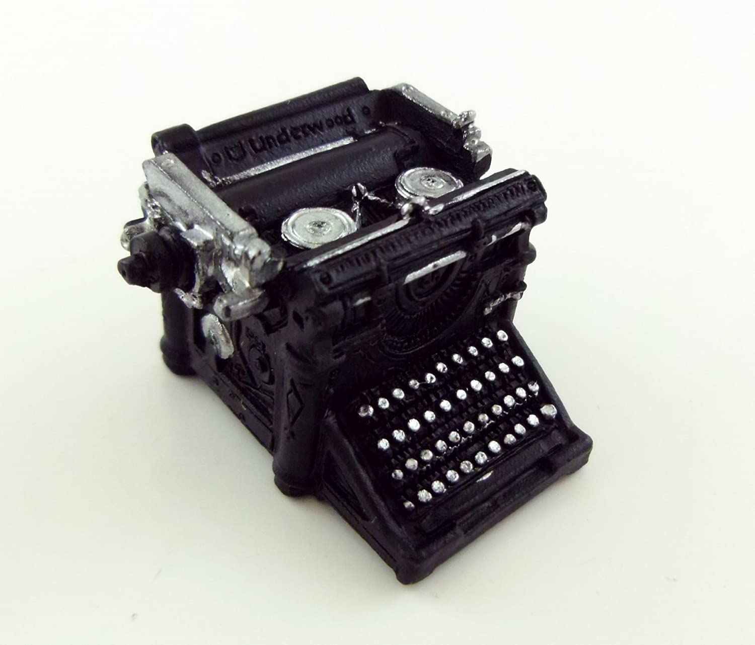 Amazon.com: Dollhouse Miniature Typewriter, Underwood, Black: Toys & Games
