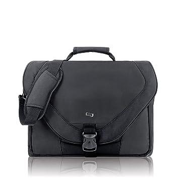 Amazon.com: Solo US Luggage Classic 17-Inch Laptop Messenger Bag ...