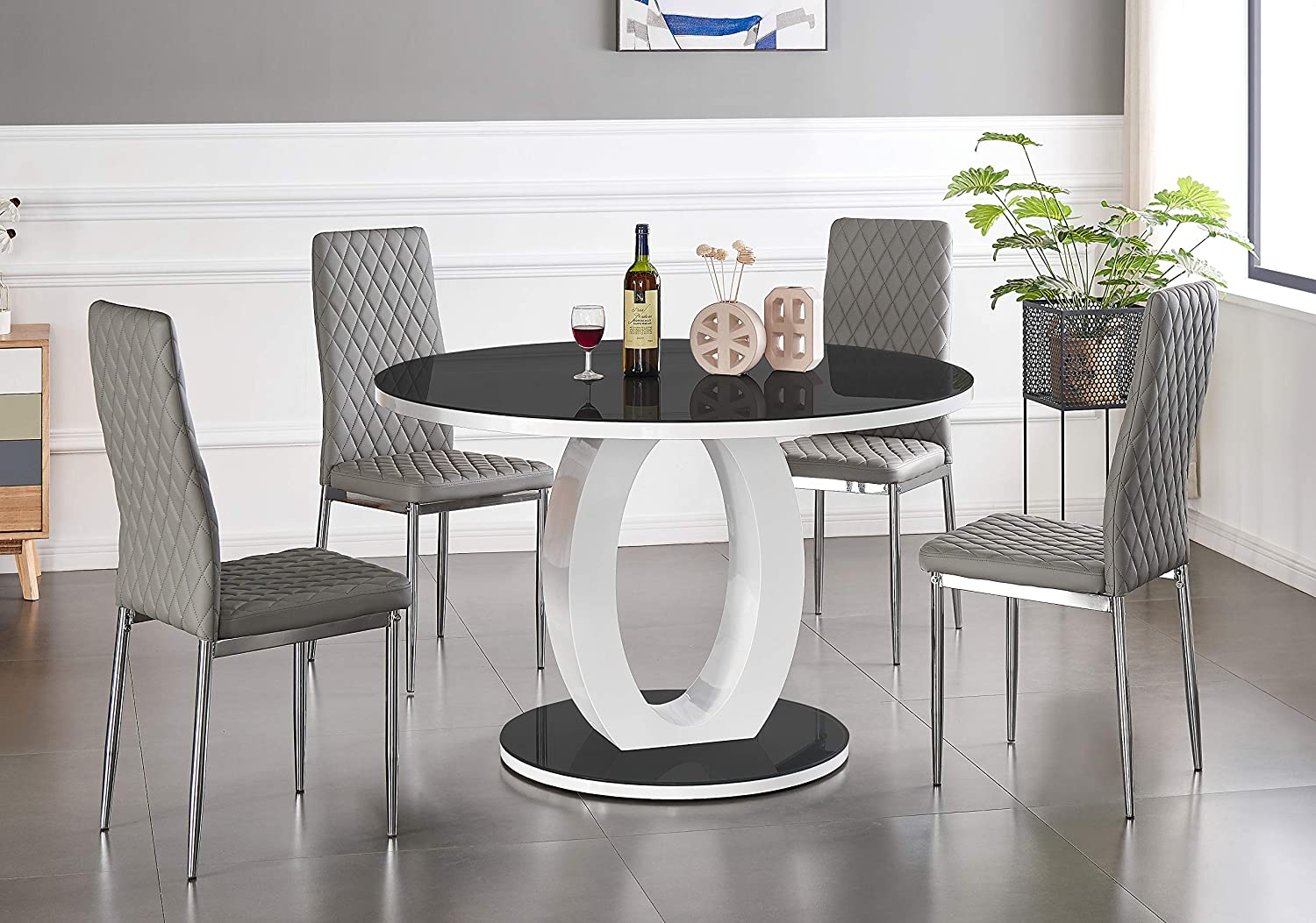 Dining Table + Black Milan Chairs, 4 Chairs Furniturebox UK Giovani Modern Stylish White//Black High Gloss And Glass Large Round Dining Table And 4//6 Contemporary Milan Chairs Set