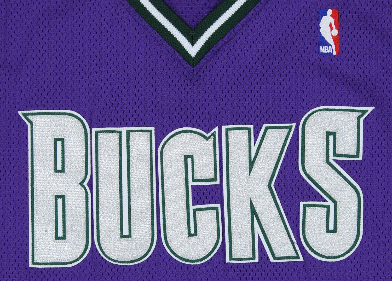 d29e8821c389 Amazon.com   Milwaukee Bucks NBA Big Mens Vintage Authentic Blank Team  Jersey