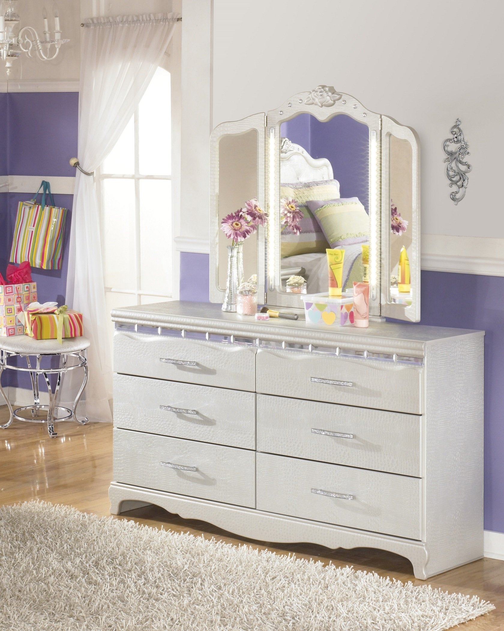 Julia Girl's Bedroom Silver and Pearl Dresser w/ 3 Panels LED Vanity Mirror