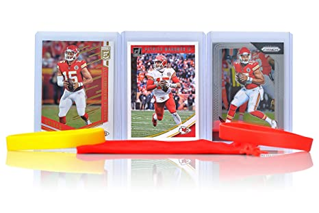0b49c8ee2 Image Unavailable. Image not available for. Color  Patrick Mahomes Football  Cards (3) Assorted Bundle - Kansas City Chiefs ...