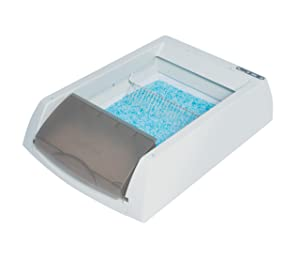 2. PetSafe Simply Clean Self-Cleaning Cat Litter Box