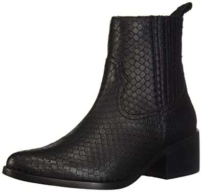 bf615091b Amazon.com  STEVEN by Steve Madden Women s Walden Fashion Boot  Shoes