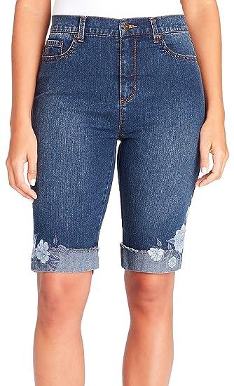 0f8b151f41 GLORIA VANDERBILT Petite Amanda Floral Cuff Bermuda Shorts at Amazon  Women's Clothing store: