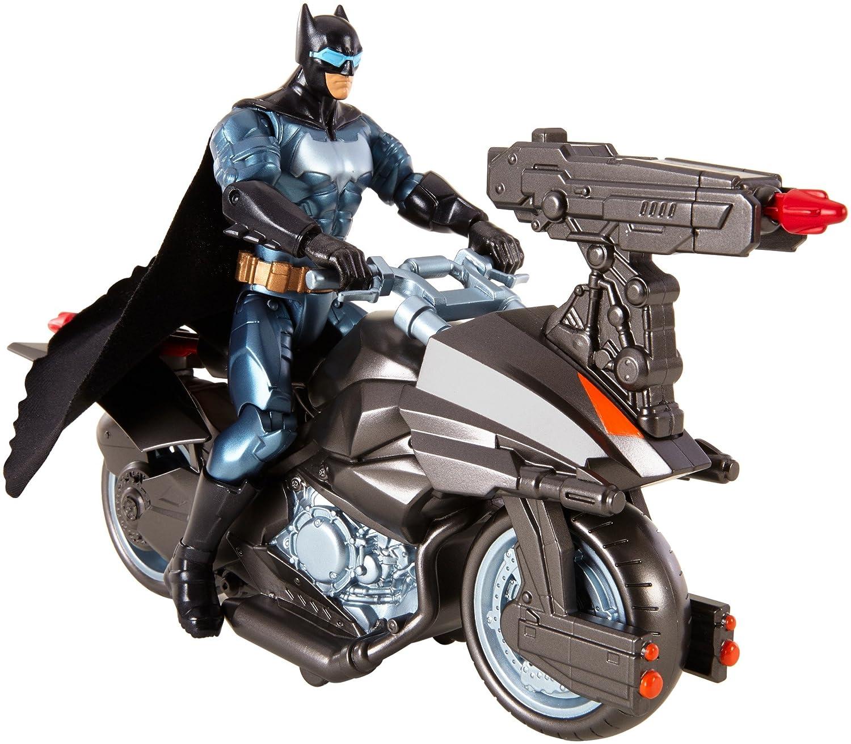 figura con vehículo de batman