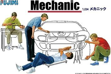 Fujimi Model 1//24 Garage /& Tools Series No.3 Mechanic Plastic Model GT-3