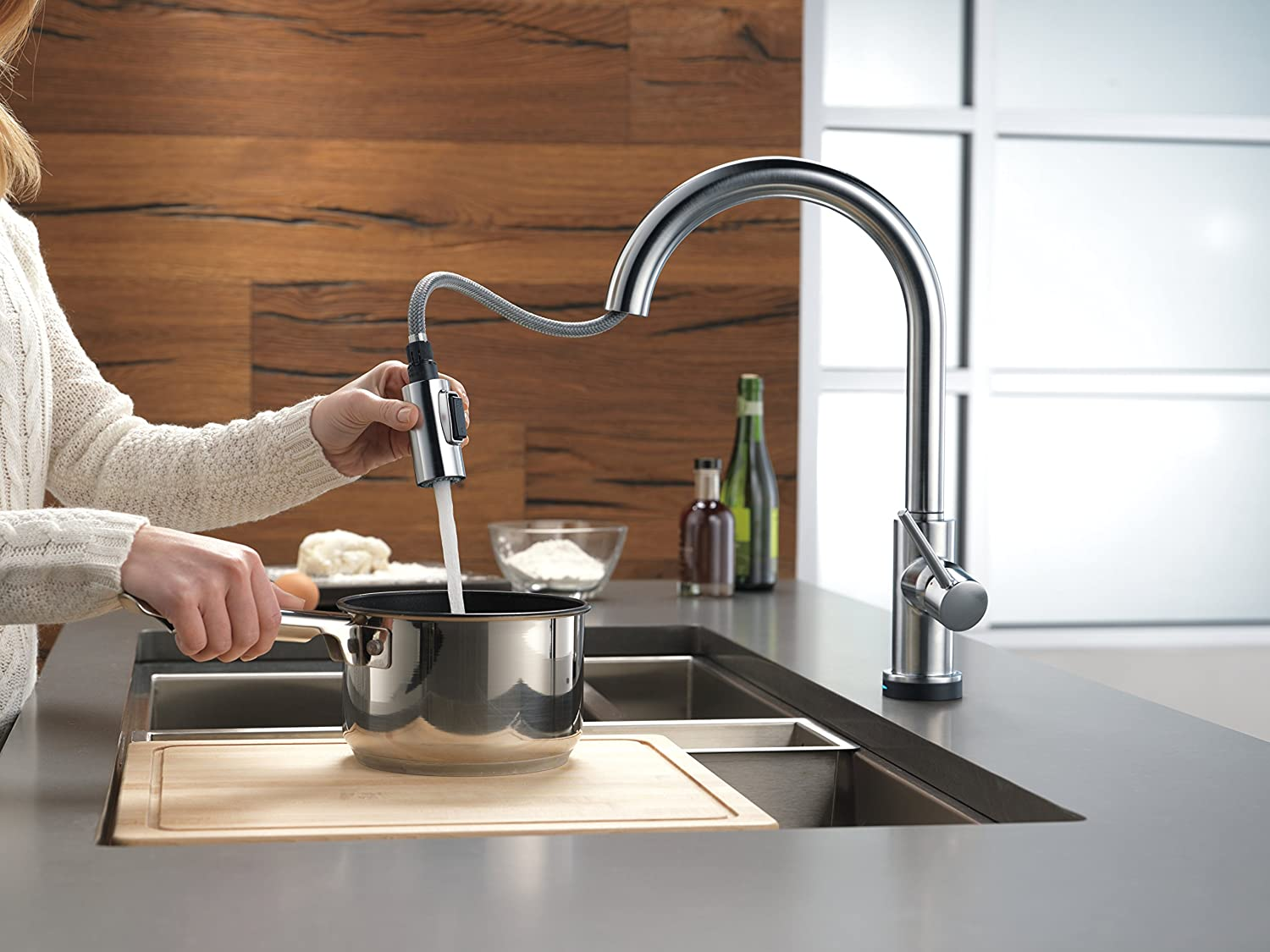 BK delta trinsic kitchen faucet Delta Faucet T AR DST Trinsic Single Handle Pull Down Kitchen Faucet with Touch2O Technology and Magnetic Docking Arctic Stainless Touch On Kitchen