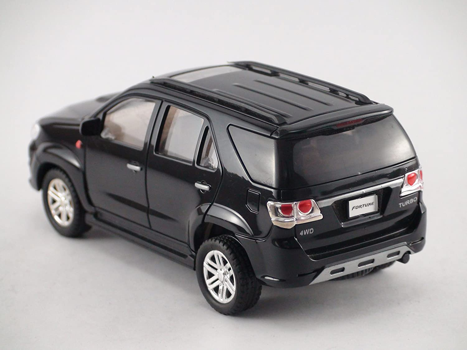 Amazon.com: Centy Toys India - Model Of Fortune (SUV)- Weight 150 grams Black colour: Toys & Games