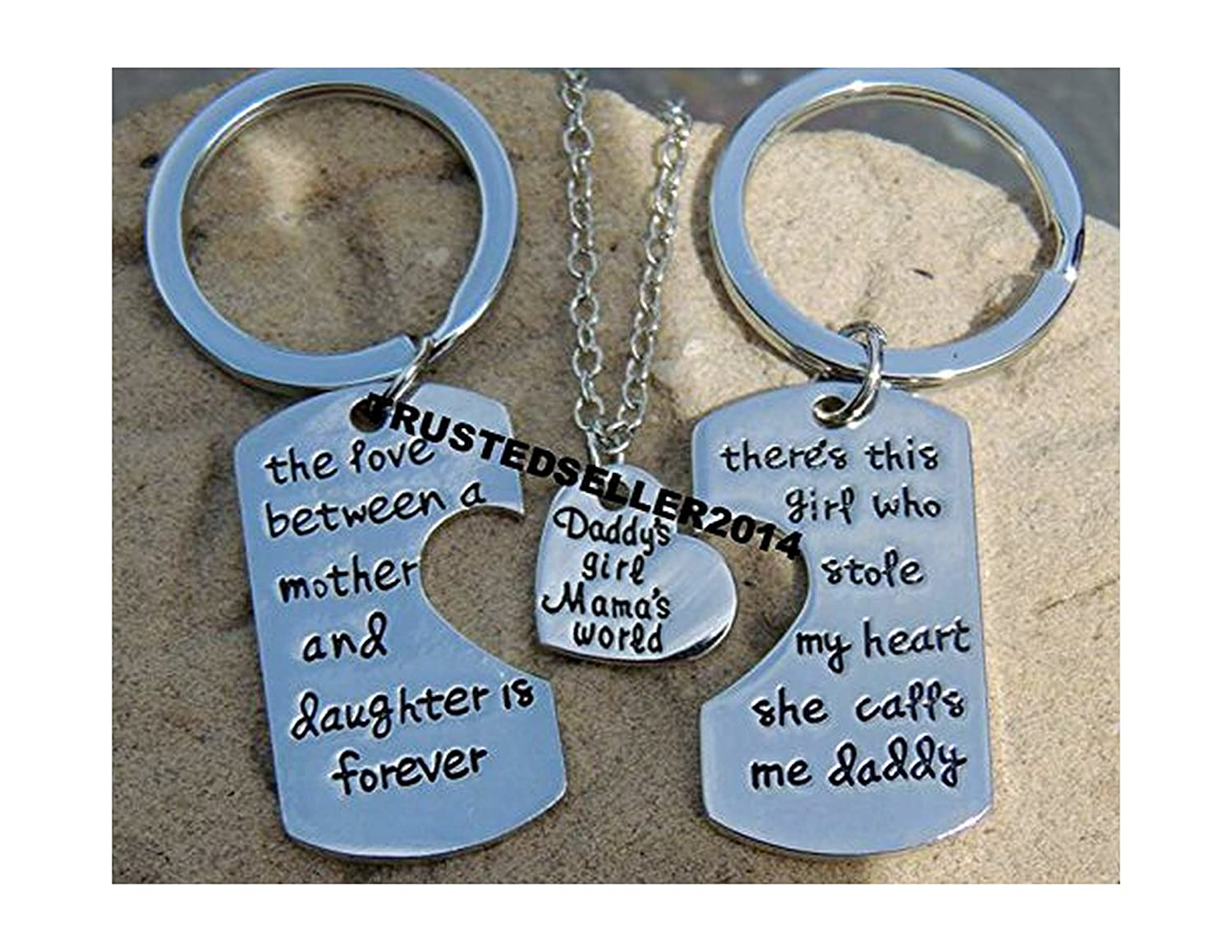 Amazon.com  Daddys dad girl Mamas World set girl kids Fathers day Mothers  day stole heart 3 keychain pendant necklace  Jewelry 2262e3477e