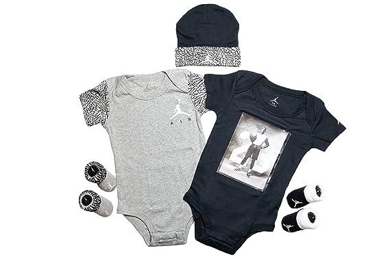 Royaume-Uni disponibilité a9086 8c85c Set Nike Air Jordan bébé, 5 Pieces (0-6 mois): Amazon.fr ...