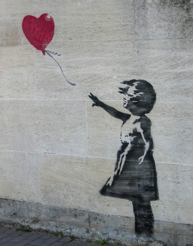 HEART ON GRAFFITI WALL STREET URBAN DESIGN BOX CANVAS PRINT WALL ART PICTURE