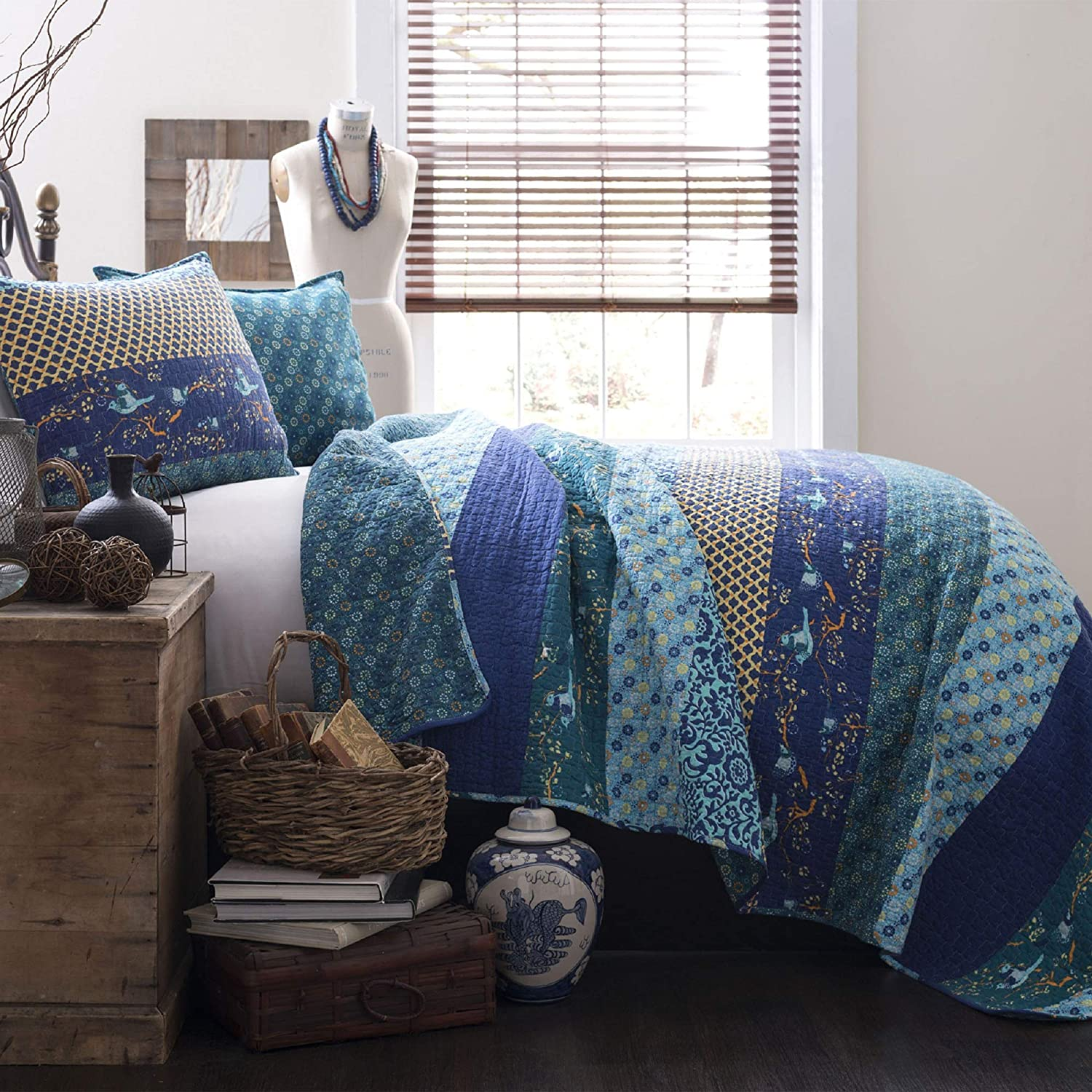 Lush Decor Royal Empire Quilt Striped Pattern Reversible 3 Piece Bedding Set, King, Peacock