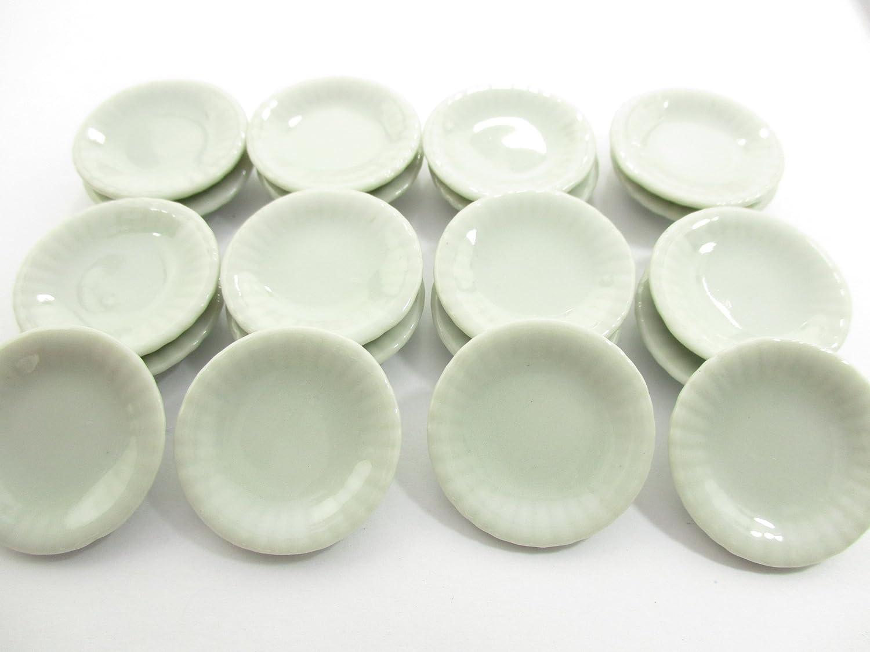 6x50mm White Scallop Side Plate Dish Dollhouse Miniatures Barbie Ceramic 12678