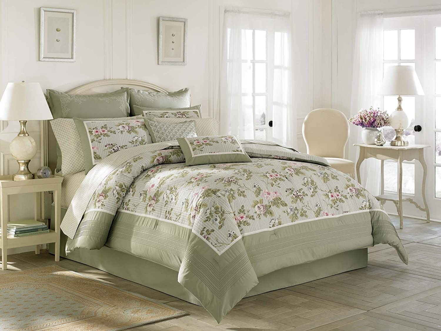 Laura Ashley Avery Bed in a Bag, Queen