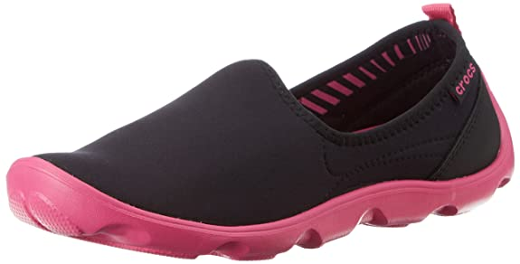 crocs Women's Loafers and Mocassins Women's Loafers & Moccasins at amazon