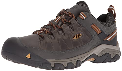 8fbe474b1de2 KEEN Men s Targhee Iii Waterproof Low Rise Hiking Shoes  Amazon.co ...