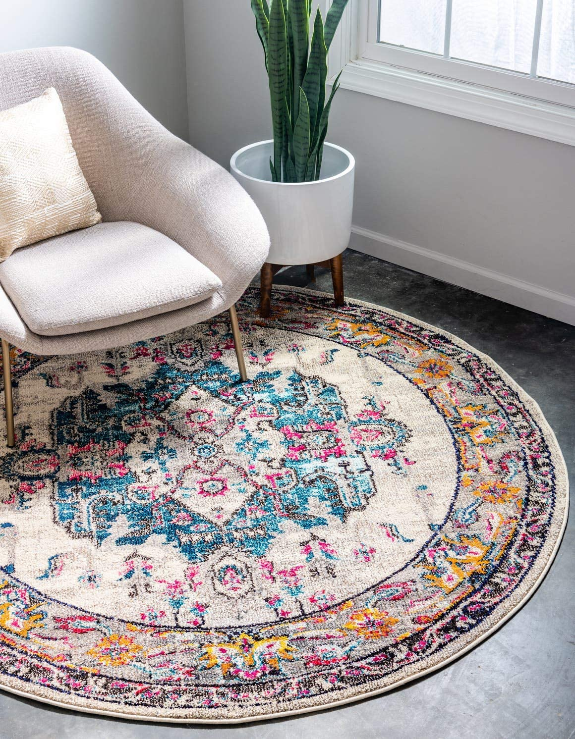Unique Loom Medici Collection Light Colors Medallion Traditional Beige Round Rug 6 0 x 6 0