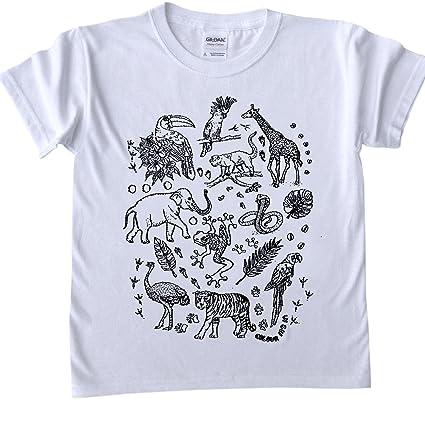 Camisetas para niños de diferentes colores. Esquema de diseño - diseño de los animales de
