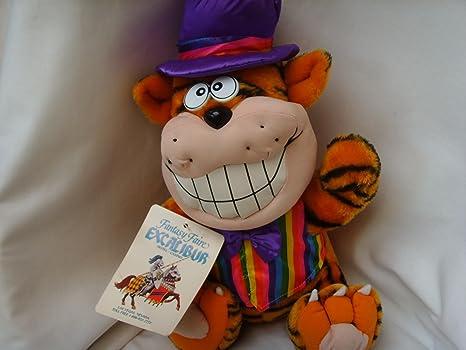 Amazon Com Garfield Plush Toy Large 20 Jumbo Collectible Fantasy Faire Excalibur Hotel Casino Everything Else