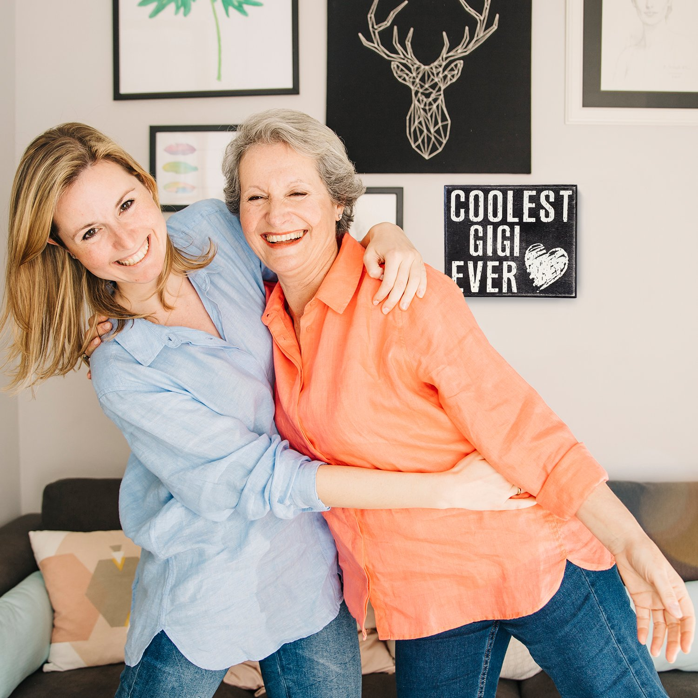 JennyGems Gigi Sign, Coolest GiGi Ever - Gi Gi - GiGi - Stand Up Sign - Mother's Day, Birthdays - Wooden Distressed Box Sign - Gigi Gift, Gift for Gigi