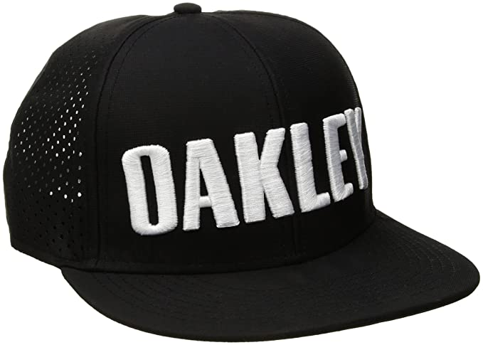 Oakley Mens Perf Snapback Adjustable Hat One Size Blackout at Amazon Men s  Clothing store  d58de664da60