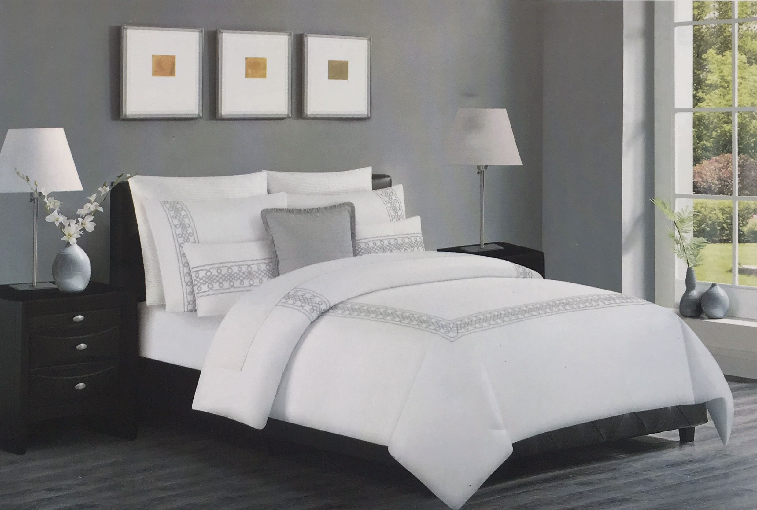 Hotel Collection Bedding 3 Piece Full / Queen Size Bed Duvet Cover Set Embroidered Metallic Silver Gray Thread Geometric Border Stripe on White