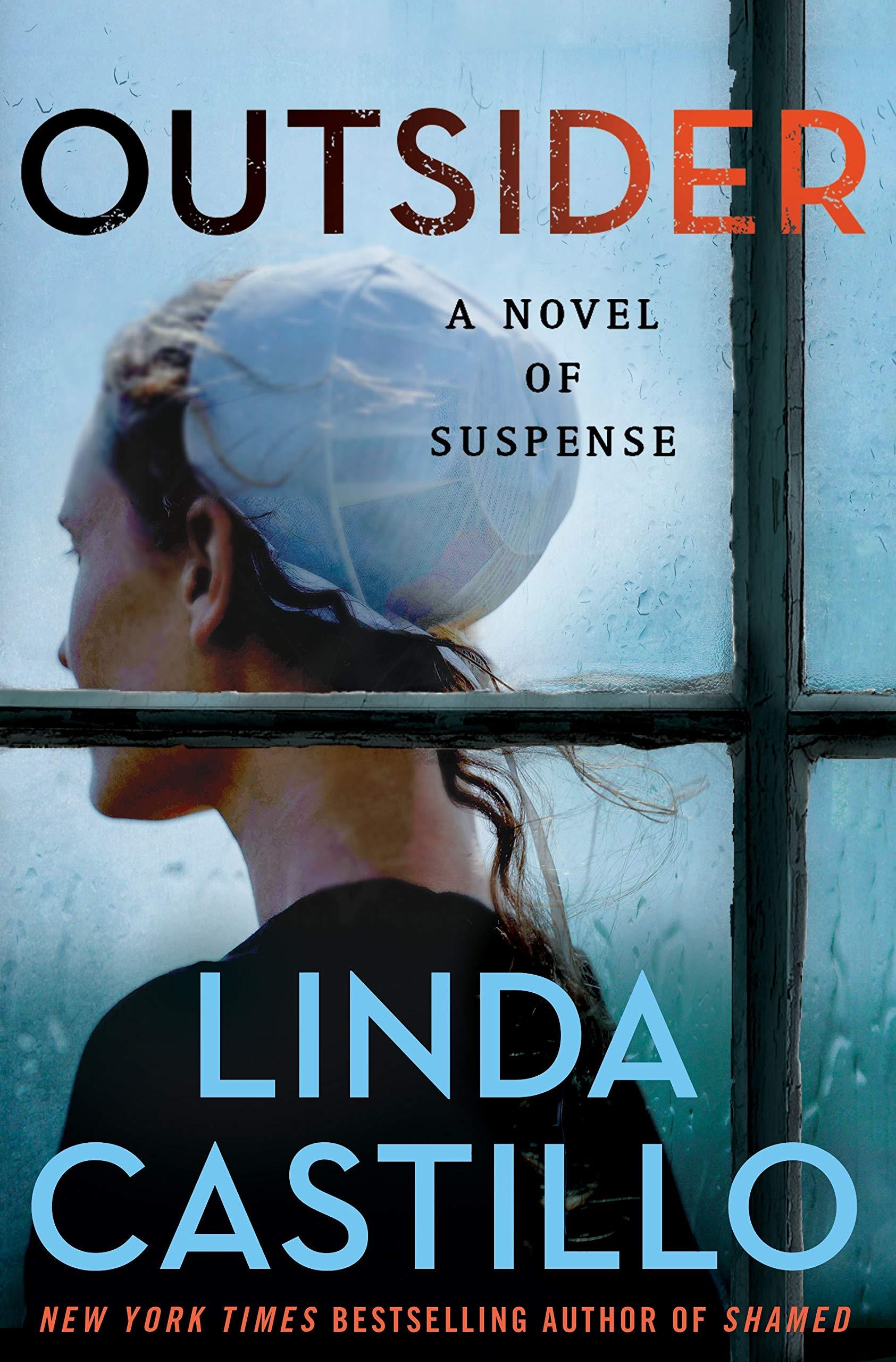 Outsider: A Novel of Suspense (Kate Burkholder, 12): Castillo, Linda: 9781250142894: Amazon.com: Books