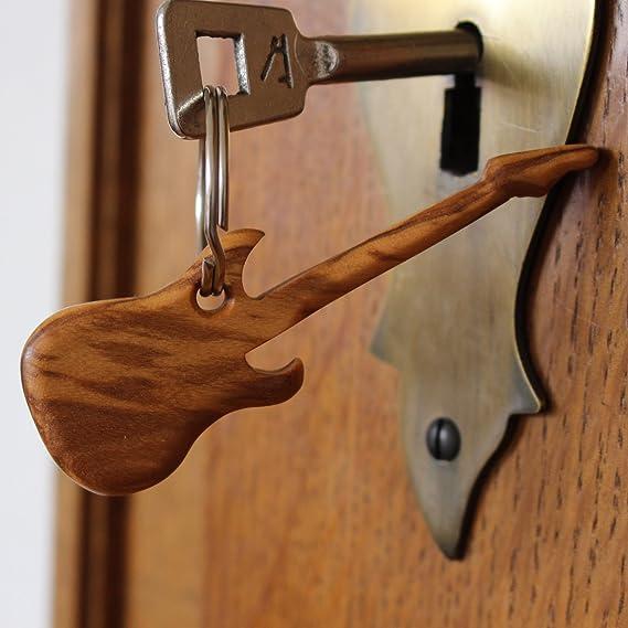 Amazon.com: Mitienda - Llavero de madera de olivo, diseño de ...