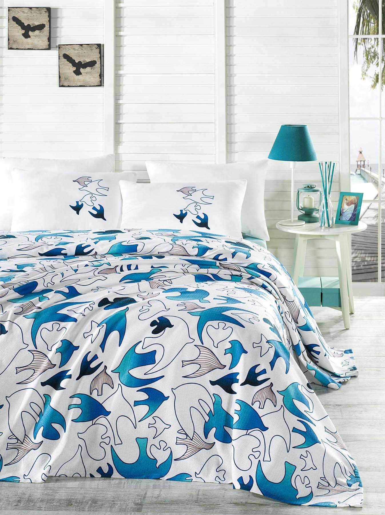LaModaHome Luxury Soft Colored Bedroom Bedding 100% Cotton Double Coverlet (Pique) Thin Coverlet Summer/Soft Relaxed Comfortable Pattern Fish Animal /
