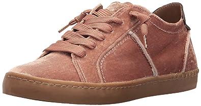 acb8438db5f5 Amazon.com: Dolce Vita Women's Zalen Fashion Sneaker: Shoes