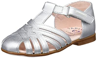 cf6ba2fe5 Pablosky Girls  323650 Closed Toe Sandals  Amazon.co.uk  Shoes   Bags