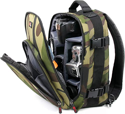 DURAGADGET Camouflage Rucksack with Padded Interior Rain Cover – Compatible with Serious User 10×50 Celestron 71008 25×70 Skymaster Porro Prism Nikon Aculon A211 16×50 Binoculars