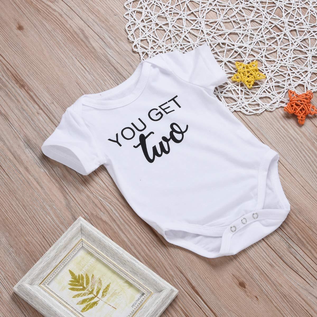 bf36fba669fcc Amazon.com  Mini honey 2Pcs Infant Twins Baby Boys Girls Short Sleeve  Letter Print Romper Bodysuit Summer Outfit Clothes  Clothing