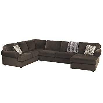Amazon.com: Signature Design by Ashley Jessa Place Sectional in ...