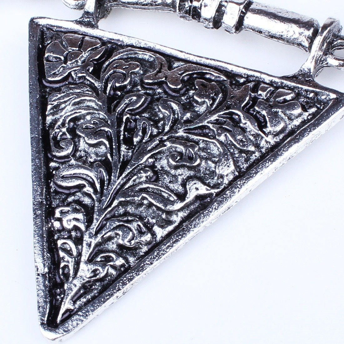 Qiyun Punk Rock Chunky Tibet Silver Spiky Rivet Charm Triangle Geometric Bib Necklace Le Rivet Argent He risse s Triangle Ge ome trique Collier W005N2260