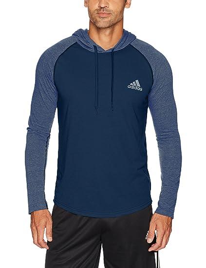 c3b0fc0efe2a Amazon.com  adidas Men s Training Ultimate Hooded Long Sleeve Tee ...