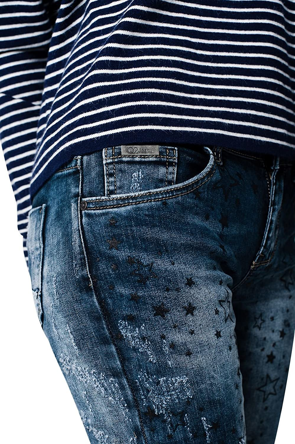 Q2 Women's Dark washed jeans with distressed star details
