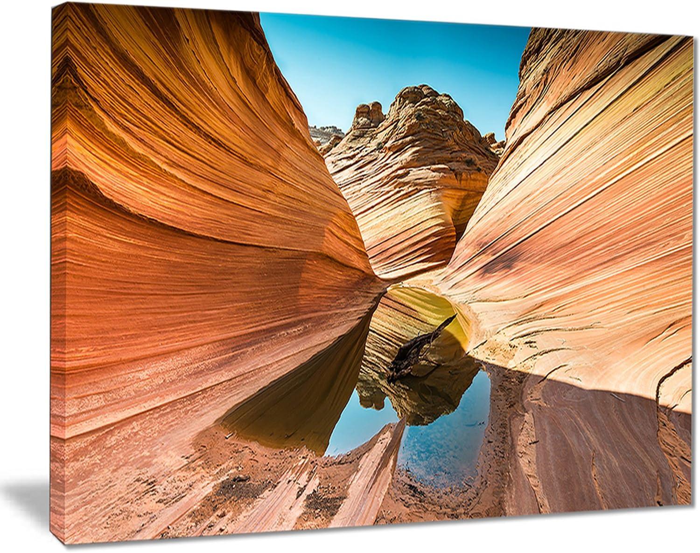 Amazon Com Designart Pt7678 20 12 Water Inside Arizona Wavelandscape Photo Canvas Print 12 H X 20 W X 1 D 1p Posters Prints