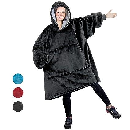 8ad911ae5b2b Amazon.com  PAVILIA Sherpa Fleece Hoodie Blanket Sweatshirt for ...
