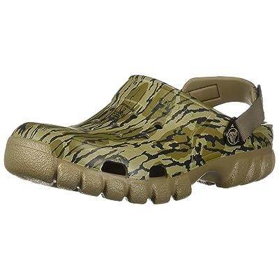 Amazon.com | Crocs Men's Offroad Sport Mossy Oak Bottomland Clog | Mules & Clogs