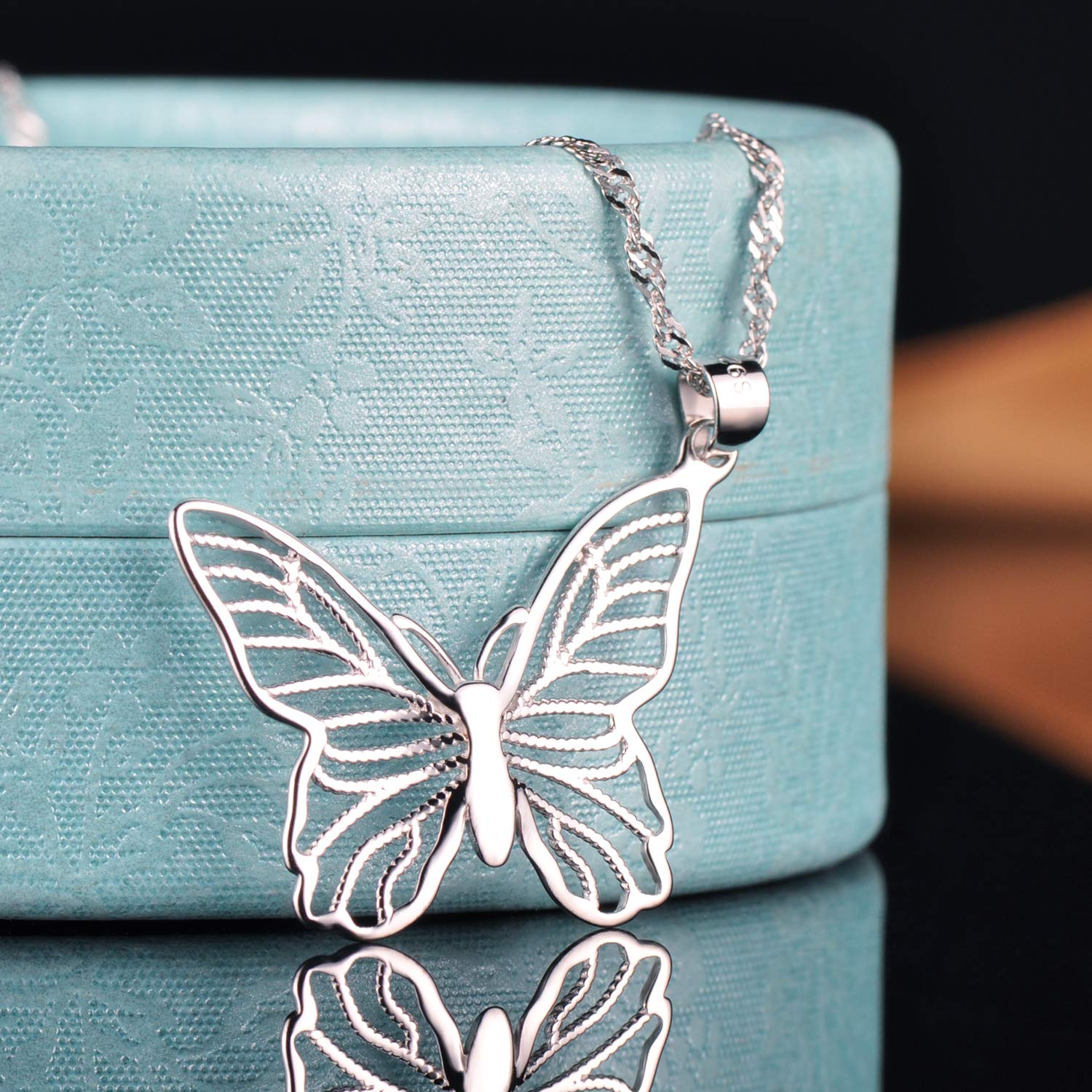 Yumilok Jewelry 925 Sterling Silver Pierced Out Lovely Butterfly Pendant Necklace for Women//Girls