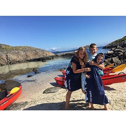 Team Magnus Toalla Playa Surf Poncho para cambiarse de Ropa - Albornoz con Capucha para natación - Unisex Changing Robe Beach Towel with Hood (Azul Claro): ...