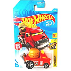 Hot Wheels 2018 50th Anniversary Fast Foodie Buns of Steel (Cheeseburger Car) 73/
