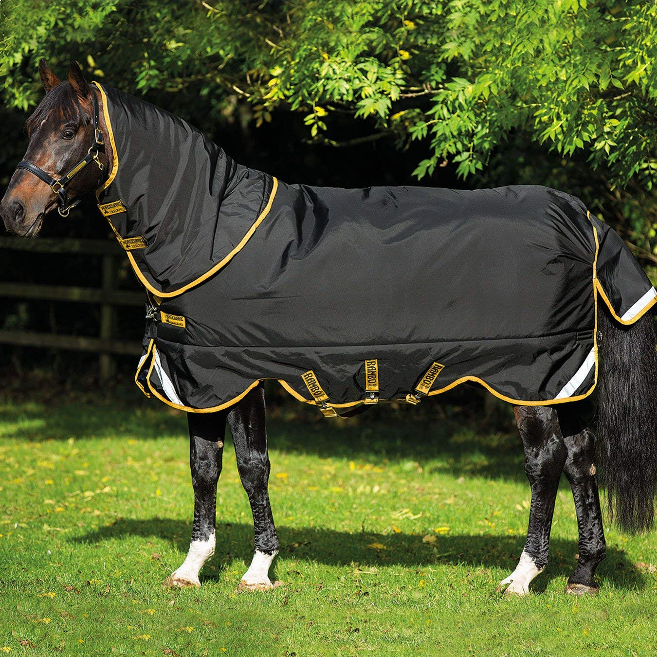 Rambo Supreme Lite 0G Turnout Rug 5ft Black